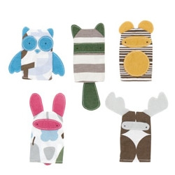 Dwell Studio Finger Puppets ~ so cute, even if you don't have a kid, keep it in your purse/pocket for the next time your friend's baby freaks out at dinner, etc?