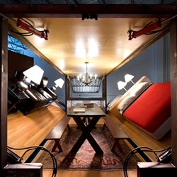 House inside a shipping container by Adam Kalkin - Just press the button and out comes your new home!