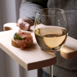 Love these new puzzleboards by OOOMS with their multi use functions.  Piece them together when your cutting up a long baguette, or use them as a classy serving board/wine holder.