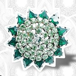 It's incredible to believe, but these jewel pins are complitly made by paper and polystyrene by the italian designer Isabella Musacchia.