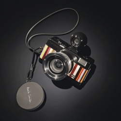 Paul Smith teams up with Lomography ~ for this adorable limited edition fisheye camera!