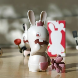You know how we love our Rabbids+Wiis here at NOTCOT ~ check out my portraits of the vinyl Rayman's Raving Rabbids