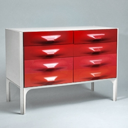 Super attractive drawers designed by Raymond Loewy for his DF2000 Serie X-line created in 1968. This one is available through Swedish gallery Modernity.