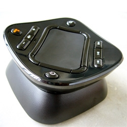 GlideTV Navigator ~ interesting design of the remote for this latest HTPC ~ hands on pics over at Zats Not Funny!