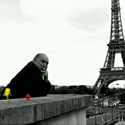 In a black & white Paris, little creatures with paintbrush decide to brighten up the city...