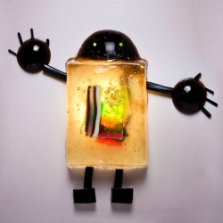 Sony Xperia (with Bompas and Parr) has made the world's most expensive jelly robots and hidden them around the UK. The stunt is based around director Wes Anderson's Made of Imagination ad with the Xperiabots.