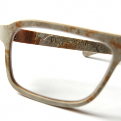 Austrian brand Rolf Spectacles present their first ever eyewear made from stone, Dino 41. This is absolutely gorgeous!