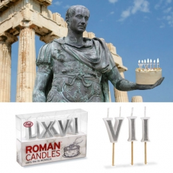 Ooooooh next year i totally want roman numeral candles on my cake! (yes i'm loving the latest collection from fred today)