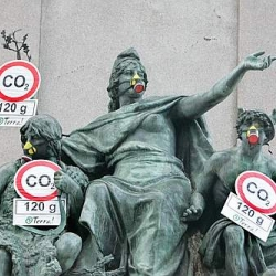 "Last night in Rome, Italy, over 150 statue and monuments have been ""dressed"" with anti-pollution masks by the environmentalist group Terra. Obviously, they have been immediately removed by police."
