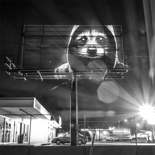After the success of his Urbain Safari in Paris, French artist Julien Nonnon decided to cross the Atlantic and offer a unique and a new experience of digital street art in Florida.