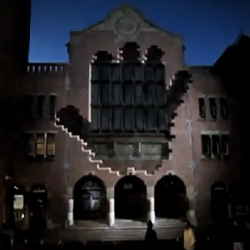 Samsung's amazing 3D projection mapping installation in Amsterdam.
