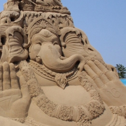 "With ""Fairy tales and legends"" as the theme, world-class sculptors from ten nations. used around 2,700 tons of sand for this years World Sand Sculpture Festival."