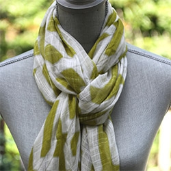 3 clever ideas for tying scarves.