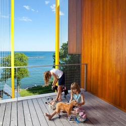NYtimes slideshow of Vera Scekic and Robert Osborne's light-filled house overlooking Lake Michigan.
