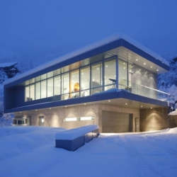 The Scholl Residence in Aspen, Colorado, designed by Studio B Architects.