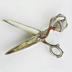 Zizzors are special Crankbunny scissors made out of paper that come with magical crafty powers!