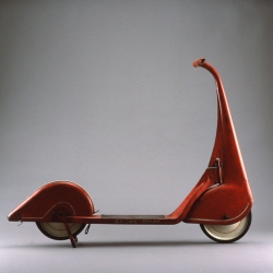 This antique Skippy Racer is absolutely beautiful.