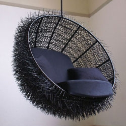 The Sea-Urchin made by Oooms Studio with Dutch designer Rachel van Outvorst is truly a remarkable piece of work! It's handmade of 8000 cable ties!