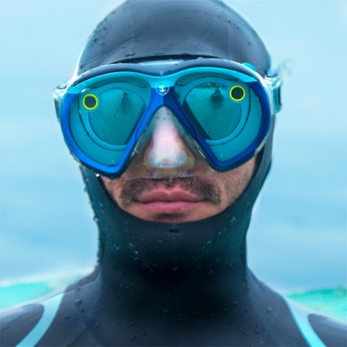 SeeSeekers = Snapchat Spectacles x Royal Caribbean #SeekDeeper Campaign where 3 divers snap underwater while exploring.