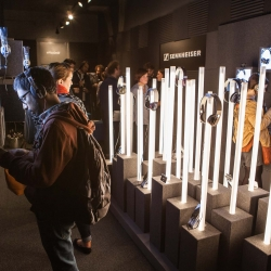 Sennheiser Pop-Up Stores in New York and San Francisco for the holiday season.
