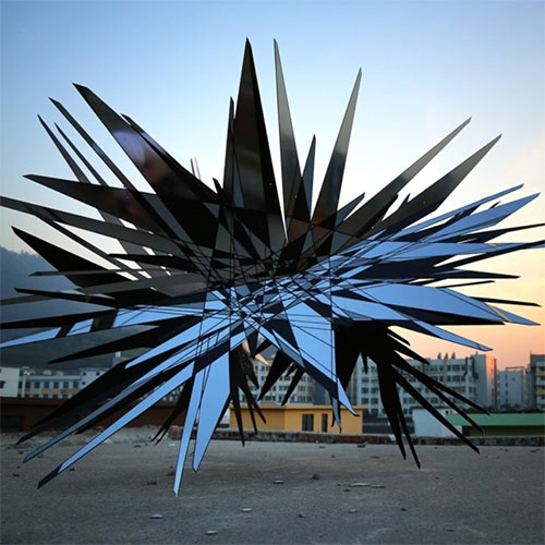 "Thomas Canto ""Gravitational inertia infinity"" - 2018 - Shenzhen (China) Outdoor Sculpture"