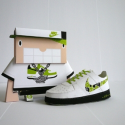 Shin Tanaka's paper shoes and paper shoe people.