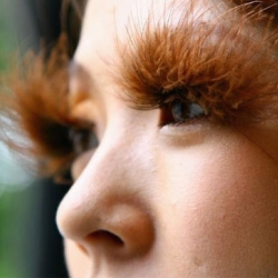 Feather eyelashes are part of the trend in Japan thanks to the Tokyo Lash Bar.