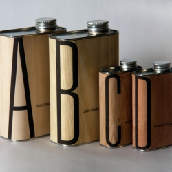 This is Andrée Rouette's project in my packaging class. Despite its expensive approach, this concept of maple wood laminated thin bottles they can be reused and therefore justified.