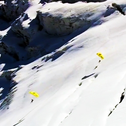 Speed Flying from the Mont Blanc summit to the base looks like an extraordinary experience.