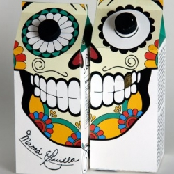 "The Sugar Skull for the ""Día de los Muertos"" was the inspiration for Camille Forget's cane sugar packaging in Sylvain Allard's design workshop at UQAM."