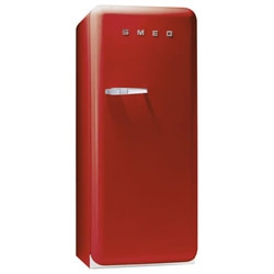 NYMag claims Smeg is the Next Sub-zero ~ and i do love my sub zero, but there's something fun about the retro red fridge too