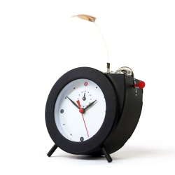 Twittering Alarm Clock, traditional mechanical wind up clock that wakes you up to the gentle sound of a Birdsong Alarm. By Laikingland co-founder, Martin Smith, for Kikkerland Design.