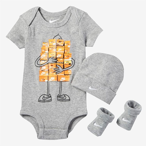 Nike Sneaker Spree Infant Set - perfect for the baby of the sneakerhead in your life.