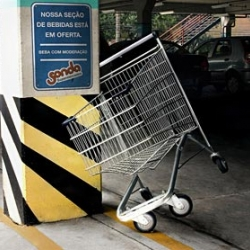 Action of environment for supermarkets Probe, for its section of beverages and alerting on the consumption of alcohol.