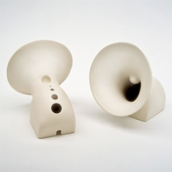 Speaking Uvula - Mira Yung's porcelain speaker taking the form of an open mouth