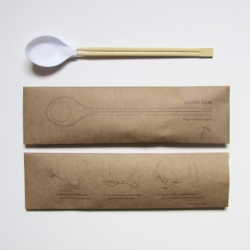 French product designer Aïssa Logerot came up with the exceptional Spoon More, a chopstick and spoon hybrid that makes eating a bowl of your favorite ramen noodles or pho a breeze.