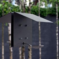 Spuntino is a minimalist birdhouse designed by Dino Salvatico.