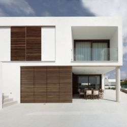 MODO Architecture & Design have designed the Square House in Menorca, Spain.