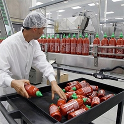 Apparently you can now take free tours of the Sriracha Factory - it's a new 650,000-square-foot factory in Irwindale, CA.