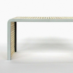 CT1 is an expandable low sidetable, great idea from German designer Stefan Weiser.