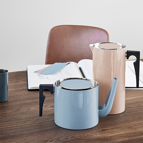 The 50th anniversary of Stelton's Cylinda-line, designed by Arne Jacobsen, is being celebrated with a collection of limited editions featuring beautifully coloured enamel.