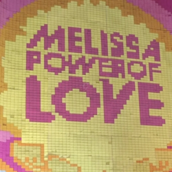 Melissa Power of Love. Stop-motion animation created by Casa Darwin using 350,000 Post It notes on the facade of the Galeria Melissa, in São Paulo, Brazil. 25 animators + 5 months + >30 thousand spontaneous love messages left!