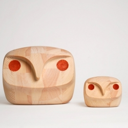 Wooden owls by Norwegian designer Andreas Engesvik and the design company StokkeAustad.