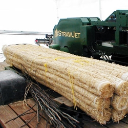 The StrawJet transforms straw waste into building beams.