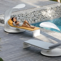 This Summer Cloud lounger, by Eoos for Dedon, features stylish looks and an even better functional design that enables the sun lounger and adjoining shade to be moved either together or independently.