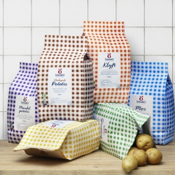 Swedish Svegro has gotten some new packing for their line of potatoes. Behind the design is Stockholm based  Amore.