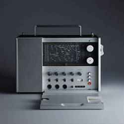 Dieter Rams' T1000 for Braun is a fantastic example of how colours can help identify specific functions. Post by Giorgio Biscaro titled Forms/Functions/Behaviours (Colours #1).