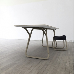 Vita/r75 Table by Florian Saul.