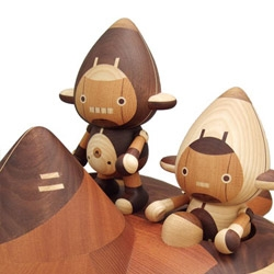 Take-g toys: Amazingly crafted Japanese wooden toys. Someone figure out how to get me some! Via octopusdropkick.net
