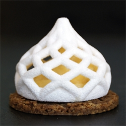 Julian Sing, aka 3dChef, 3D prints in sugar... how stunning is this Lemon Meringue Tart with 3D printed sugar crown?